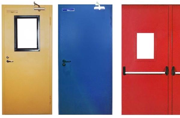 двери металлические противопожарные с расстекловкой